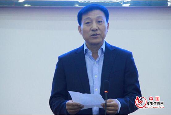 保定益嘉拍卖行董事长刘玉安致辞